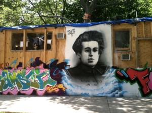 Thomas-Hirschhorn-Gramsci-Monument-2013-via-Daniel-Creahan